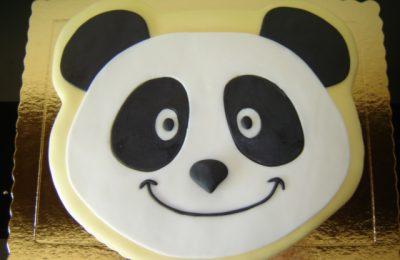 Bolo com a cara do Panda.