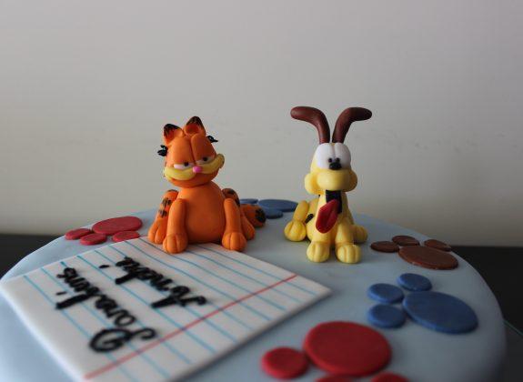 Bolo Garfield e Odie