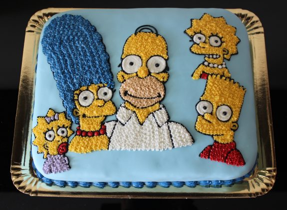 Bolo Família Simpsons